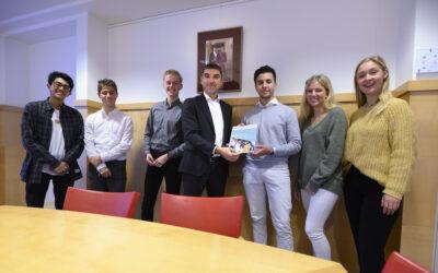 Jongeren & vaccinaties: Jongerenambassadeurs presenteren advies aan staatssecretaris Blokhuis!