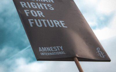 Duo-interview: Maartje draagt het stokje over aan Anne-Marèl als jongerenambassadeur bij Amnesty Zwolle!